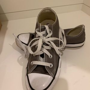 Grey converse: only worn a few time